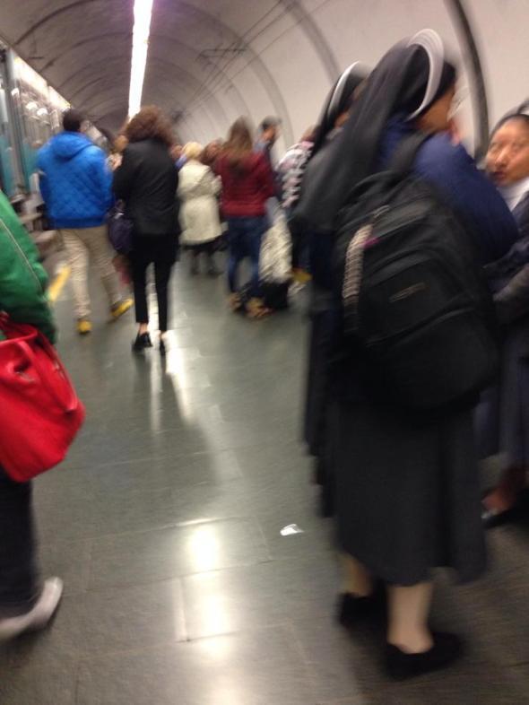 Martedì 05/11/2013, in attesa del treno urbano delle 19:58 a Piazzale Flaminio